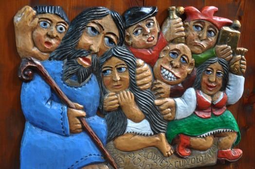Mary of Bethany and Jesus. Paszyn, Poland. wood carving. Vanderbilt