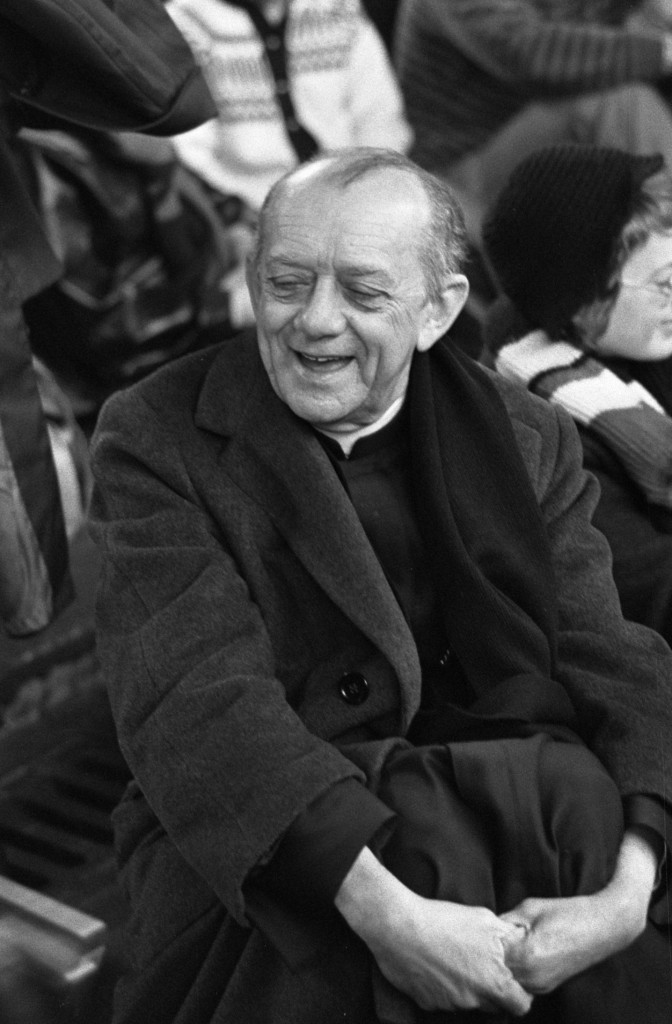 Dom Hélder Pessoa Câmara (February 7, 1909 – August 27, 1999), Roman Catholic Archbishop of Olinda and Recife in 1974. Photo credit: Peters, Hans / Anefo. Dutch National Archives, The Hague, Fotocollectie Algemeen Nederlands Persbureau (ANEFO), 1945-1989 via Wikipedia.org / (CC BY-SA 3.0 NL)