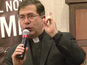 Father_Frank_Pavone
