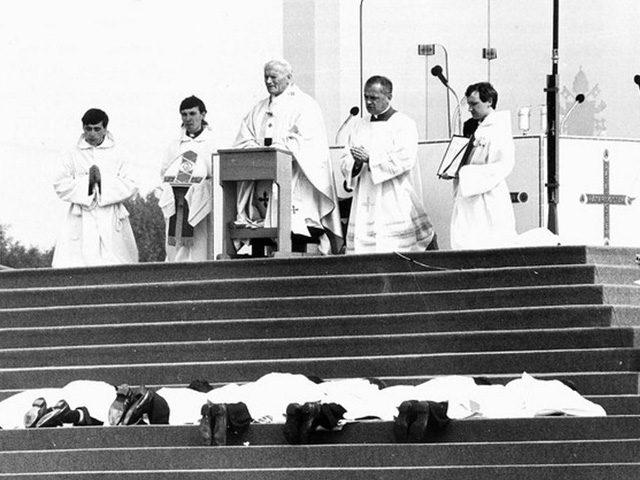 Pope John Paul II ordains priests in Heaton Park, Manchester. 31 May 1982.