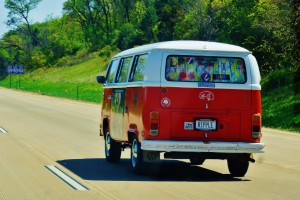 http://public-domain.pictures/view/image/id/22370349330#!Deadhead+Hippie+Van