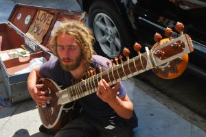 http://public-domain.pictures/view/image/id/2822903332#!Hippy+Busker