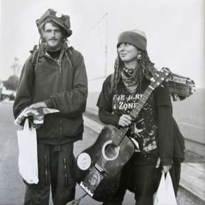 http://public-domain.pictures/view/image/id/429695535#!Hippies
