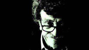 https://www.amazon.com/s/ref=dp_byline_sr_book_1?ie=UTF8&text=Kurt+Vonnegut+Jr.&search-alias=books&field-author=Kurt+Vonnegut+Jr.&sort=relevancerank