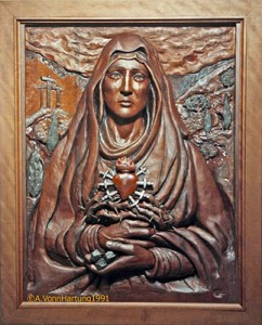 MadreDolorosa-woodcarving_A