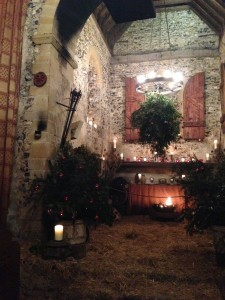 Dode's interior, decorated for Yule.