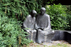 (A sculpture of Meister Eckhart, Bad Wörishofen, Germany, c. 2012. Source: Wikimedia, Creative Commons License).