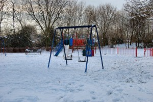 By Ronald Saunders from Warrington, UK (Empty Playgrounds 2. Cheshire UK.) [CC BY-SA 2.0 (http://creativecommons.org/licenses/by-sa/2.0)], via Wikimedia Commons