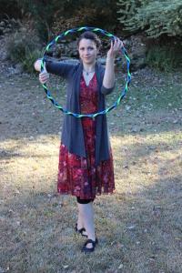 Mini hoop portrait by Hannah Root.