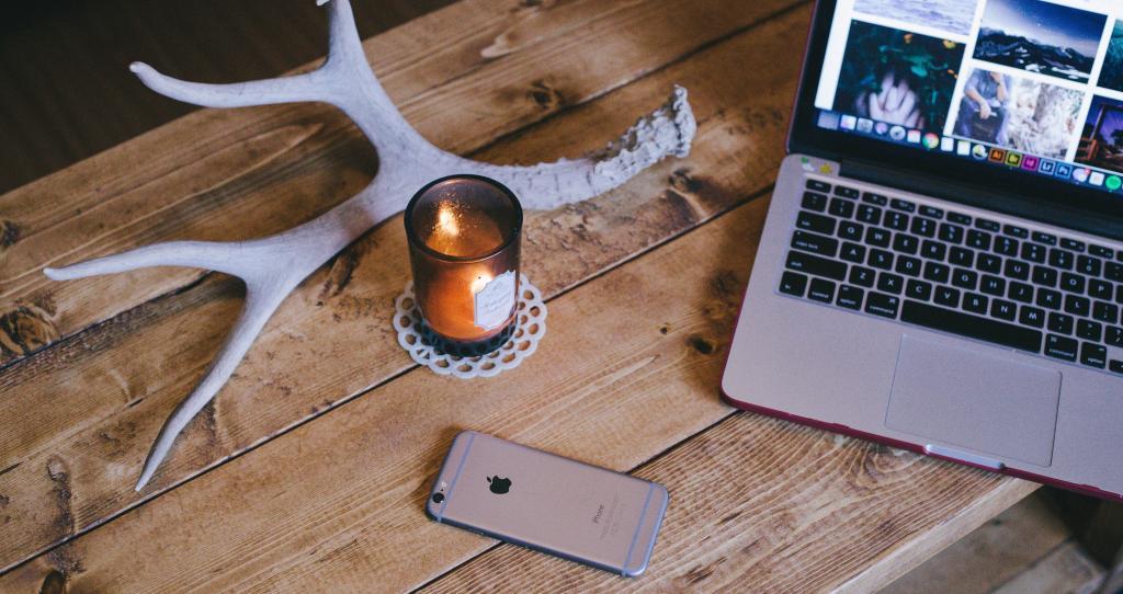 Should Folklorists Blog?