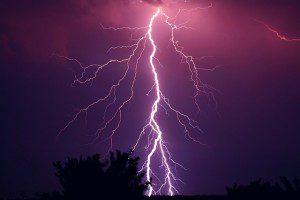 thunder-953118_640