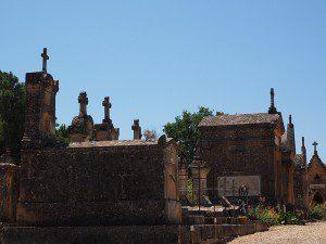 cemetery-1521720_640