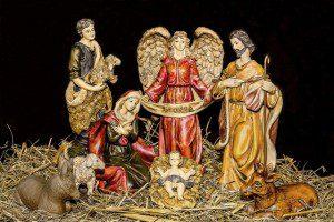 christmas-crib-figures-1903954_640