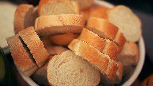 bread-1245948_640