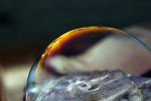 bubble-1886276_640