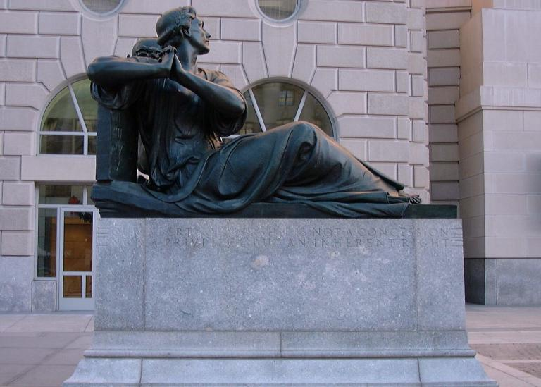 Oscar Straus Memorial in Washington, DC, honoring the right to worship (Photo credit: David Ball, Creative Commons)