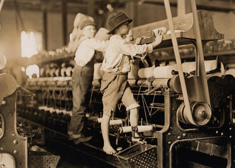 Child laborers in Macon, GA, 1909, public domain image