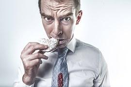 man eating cookie 413685__180