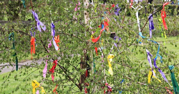 Ideas for things to do with kids on Beltane