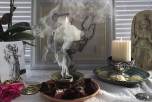 incense, offering to the dead, samhain, halloween, pagan festival, goddess hekate