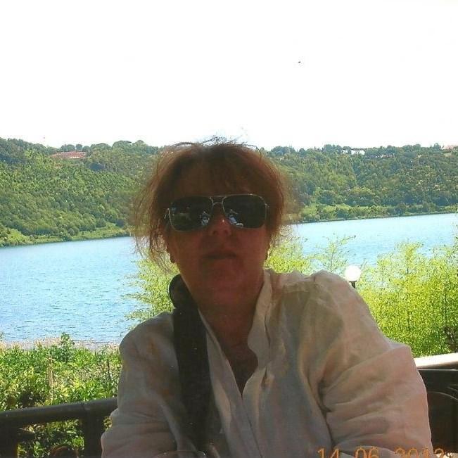 Caroline Wise, Lake Nemi, Interview with Sorita d'Este