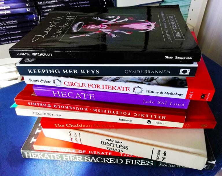 Sorita: 10 Books about the Goddess Hekate. Shay Skepevski, Cyndi Brannen, Jade Sol Luna, Labrys, Prometheus Trust, Johnson, Tara Sanchez.