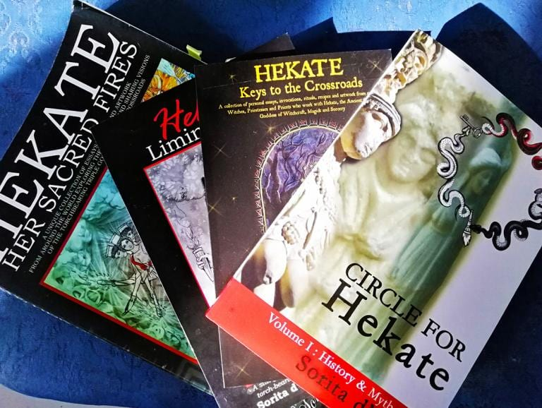 Hekate Books by Sorita d'Este (Author of Goddess & Pagan Witchcraft books)