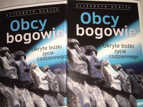 Strange Gods in Polish