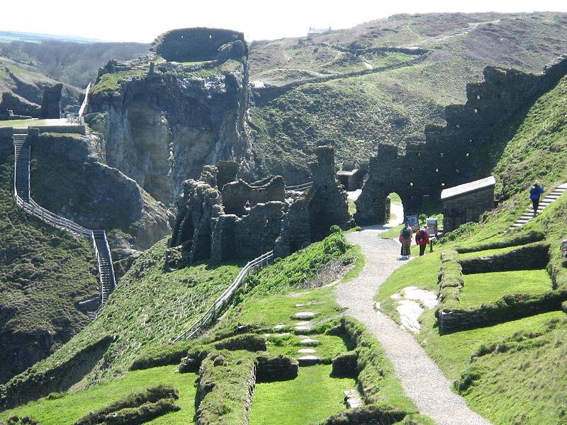 Date18 April 2007, 11:43 Source King Arthurs Domain, Tintagel Author IDS.photos from Tiverton, UK (CC BY-SA 2.0)