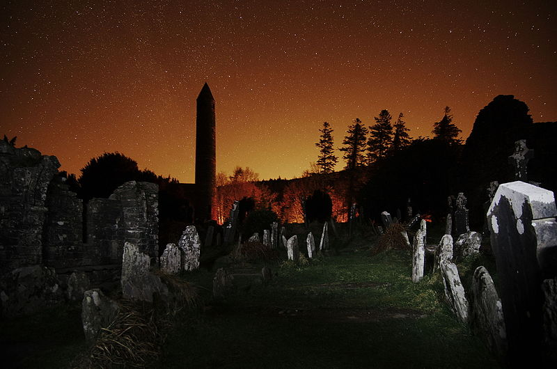 Description English: The round tower and graveyard at Glendalough at night, with the glow of Dublin to the north. Date 13 March 2015, 22:34:20 Source Own work Author Rob Hurson (CC BY-SA 4.0)