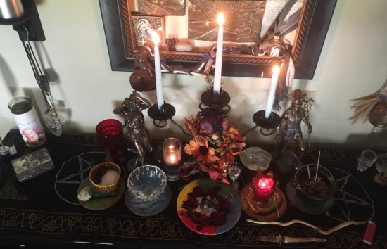 Protection from Flooding Spell working Altar ~Heron