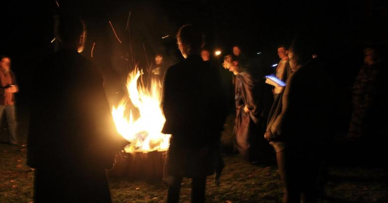 Funeral Pyre at Samhain Rites Photo Credit: Webweaver