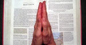 Lectio Divina hands 2