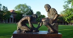 Jesus Washing Feet statue