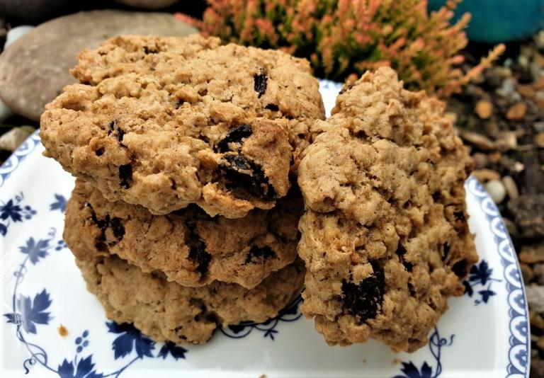 oatmeal raisin, practically pagan cooking, rachel patterson, kitchen witch