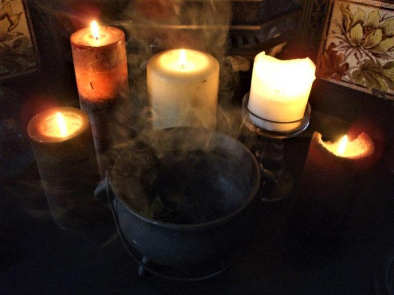 witchcraft challenge, kitchen witch, rachel patterson