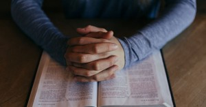 4 Requests to Ask When Praying for Someone's Spiritual Growth