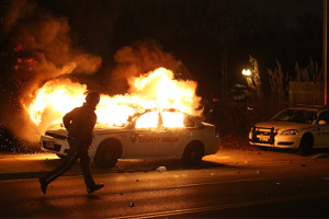 Ferguson-Unrest-Police-Car-on-Fire