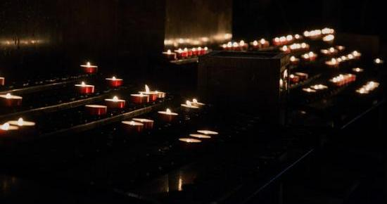 candles-992514_640