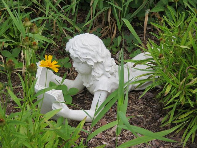 Neighborhood Pilgrimages: Pilgrims in a Public Garden