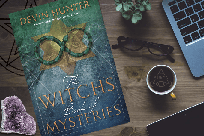 Devin Hunter - The Witch's Book of Mysteries