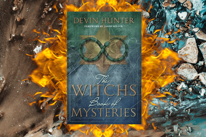 Devin Hunter The Witch's Book of Mysteries