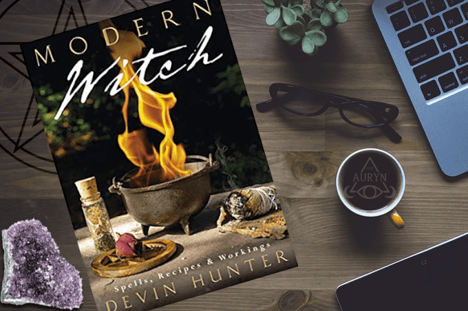 Modern Witch Spells, Recipes & Workings Book Devin Hunter