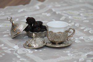 ramadan dates cups pixabay