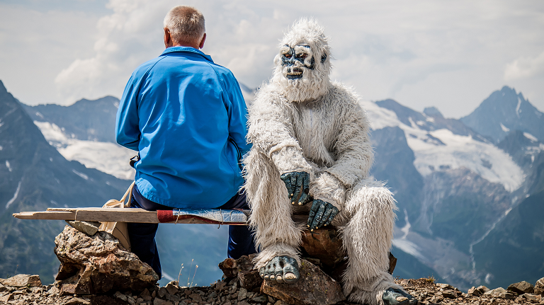 """Indian Army Claims it Found """"Yeti"""" Footprints, But Experts"""