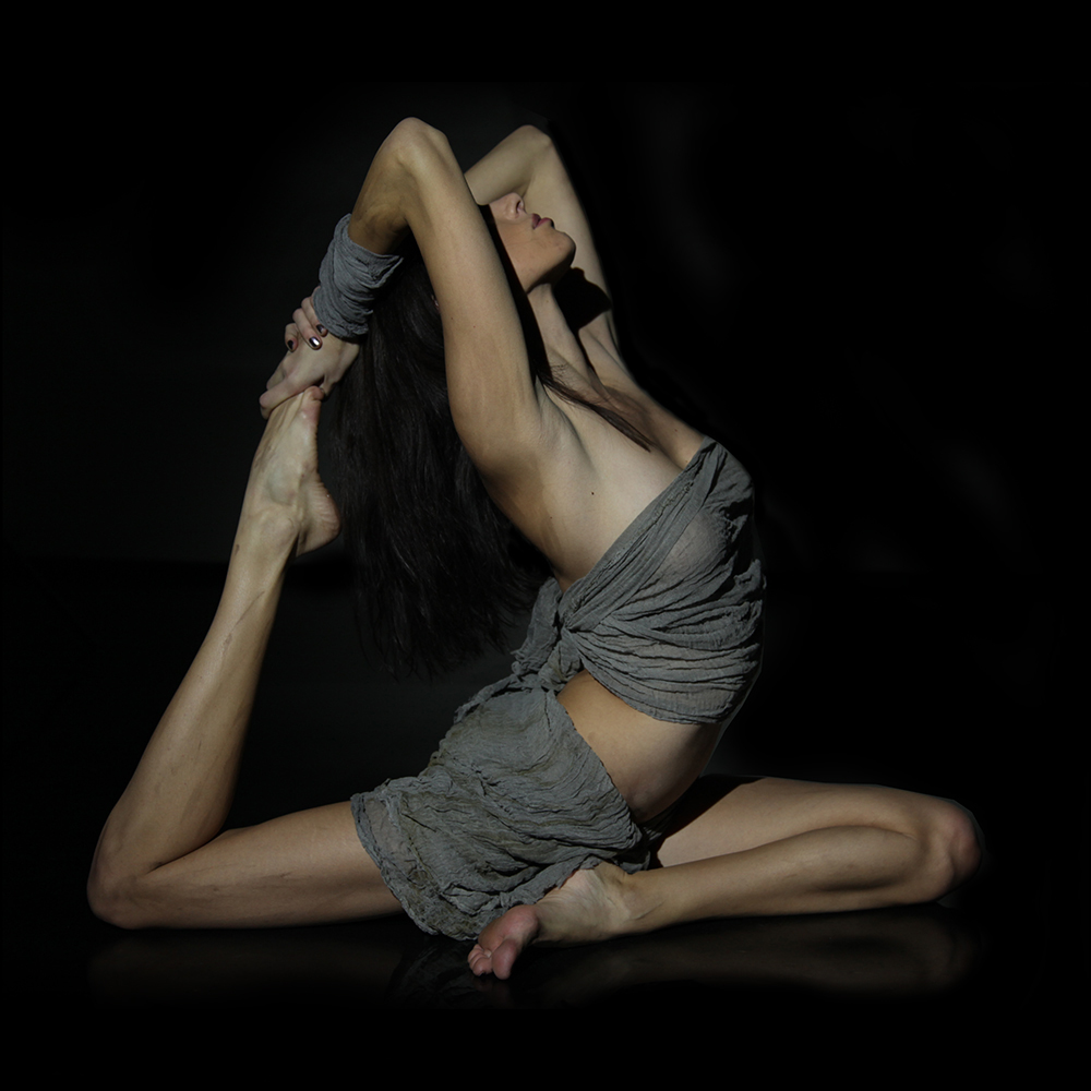 yoga pose pagan wicca similarities