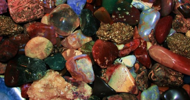 grounding-stone-rock-mineral-crystal-spiritual-best