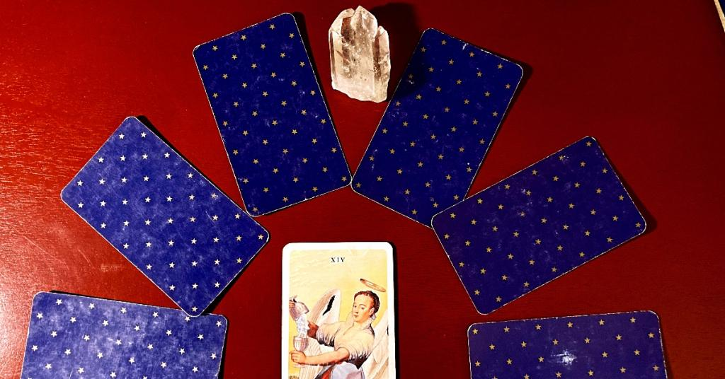 tarot card reading spell signs new moon witchcraft