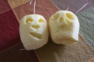 apple heads
