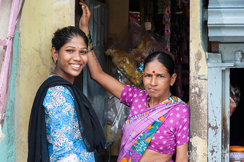 Acts of Kindness to Alleviate Suffering & Poverty in Slums Like Mumbai - KP Yohannan - Gospel for Asia